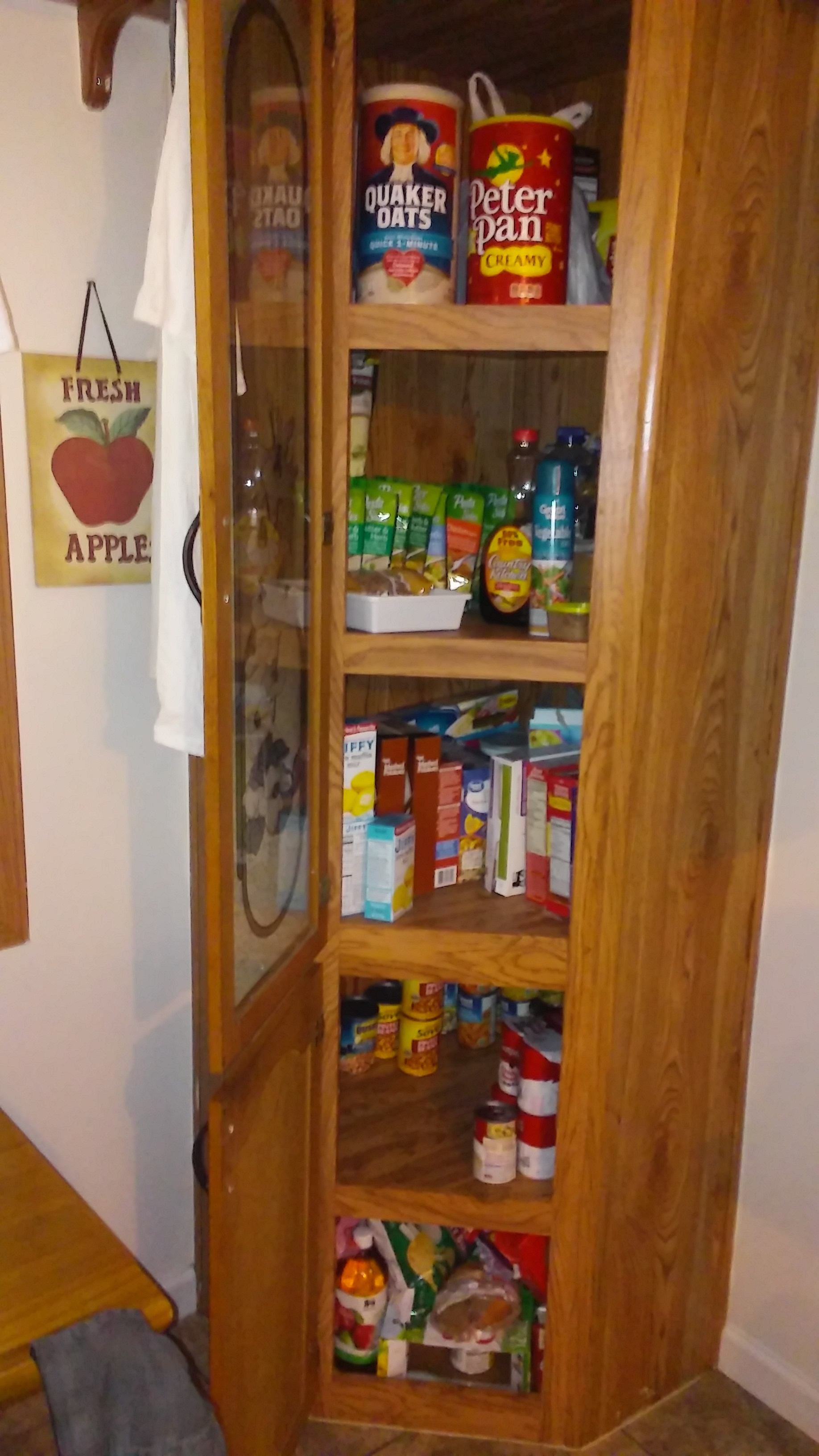 Pantry Cabinets To Utilize Your Kitchen: Corner Pantry Cabinet